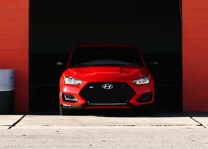 What do experts say about Veloster N?